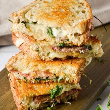 Oven Baked Steak and Arugula Sandwich Recipe | SideChef