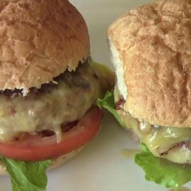 Turkey Cheeseburgers Recipe | SideChef