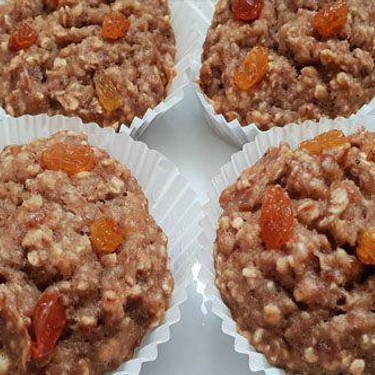 Healthy Banana Oats and Dates Cupcakes Recipe | SideChef