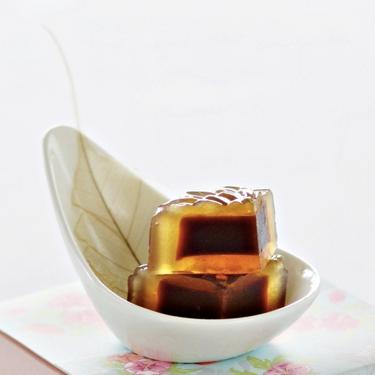 Date Lotus Jelly Mooncakes Recipe | SideChef