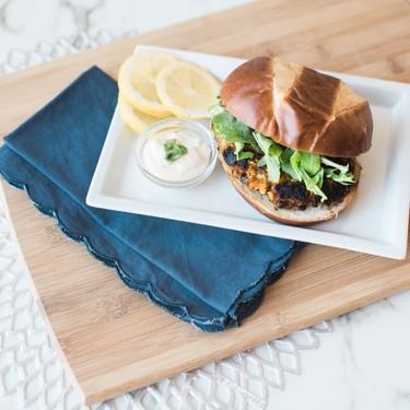 Sweet Potato Black Bean Burgers with Aioli Dipping Sauce Recipe | SideChef