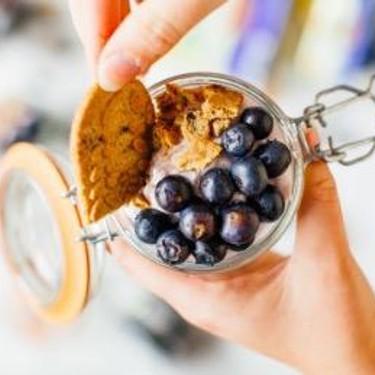 Fresh Berry Parfait Recipe | SideChef