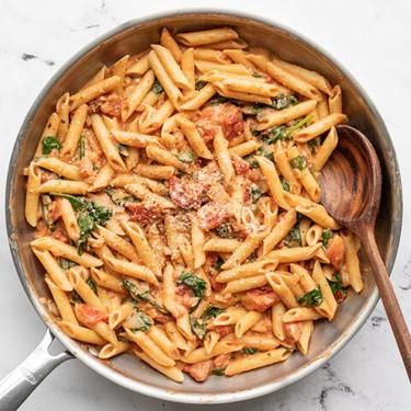 Creamy Tomato And Spinach Pasta Recipe | SideChef