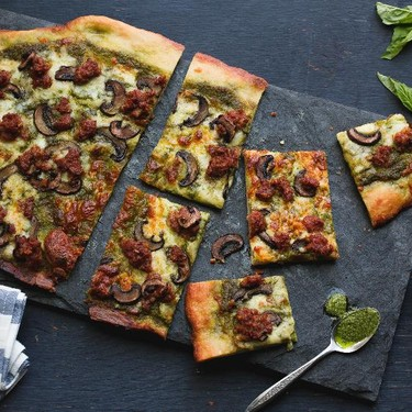 Italian Sausage Pesto Pizza with Crimini Mushrooms Recipe | SideChef