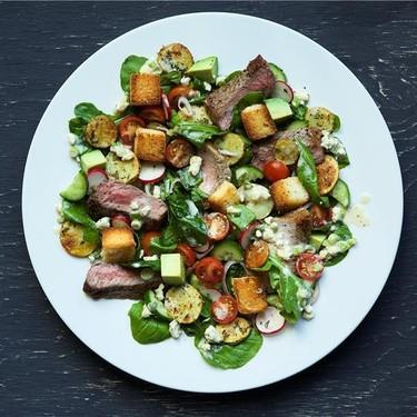 Steak Salad with Gorgonzola Horseradish Dressing Recipe | SideChef