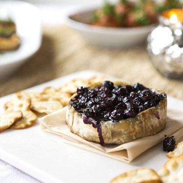 Baked Brie with Wine-Soaked Blueberries Recipe | SideChef