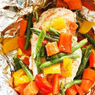 Grilled Chicken and Veggies in Foil Recipe | SideChef