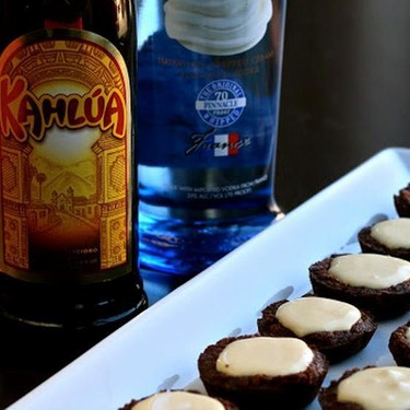 White Russian Pudding Shot Brownie Bites Recipe   SideChef