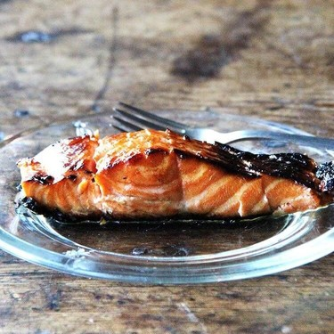 Broiled Ginger-Soy Salmon Recipe | SideChef