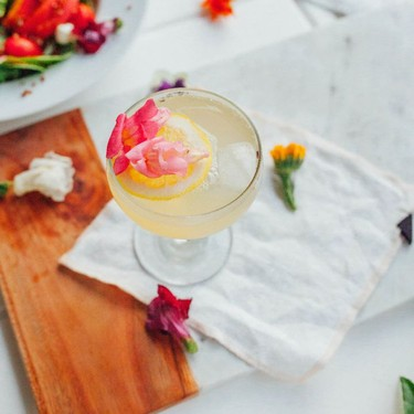 Lavender Lemon Honey Cocktail Recipe | SideChef