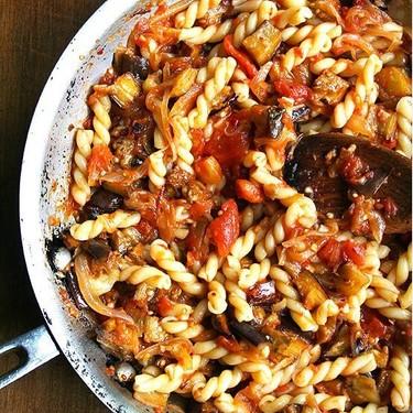 Chez Panisse Eggplant, Caramelized Onion and Tomato Pasta Recipe | SideChef