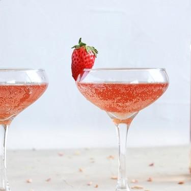 Special Rosé Aperol Spritz Recipe | SideChef