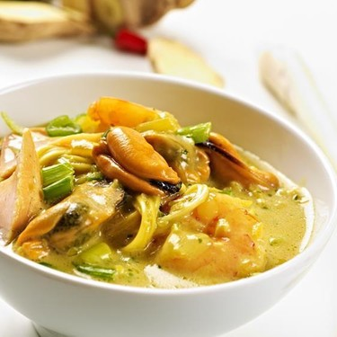 Singapore Laksa and Spicy Seafood Noodle Soup Recipe | SideChef