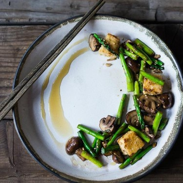 Wok Seared Asparagus and Mushrooms with Crispy Tofu Recipe | SideChef