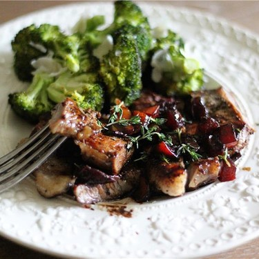 Balsamic Tomato Steak & Parmesan-Roasted Broccoli Recipe | SideChef